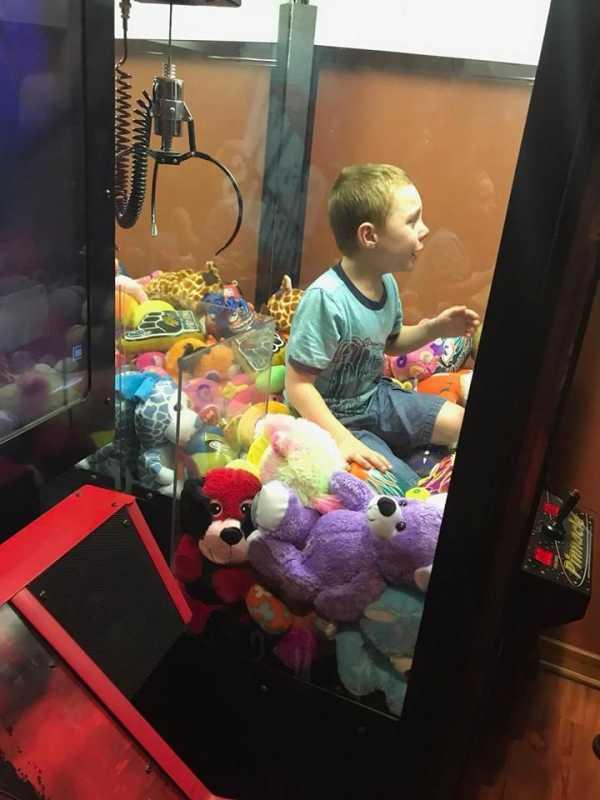 Игровые автоматы достаем игрушки бесплатный игровой автомат чужие